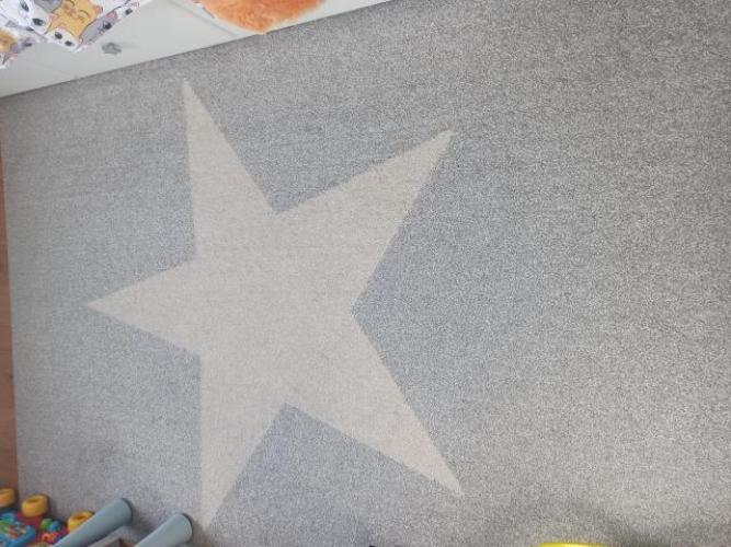 Grajewo ogłoszenia: Sprzedam szary dywan z beżową gwiazdą. Idealny do pokoju...