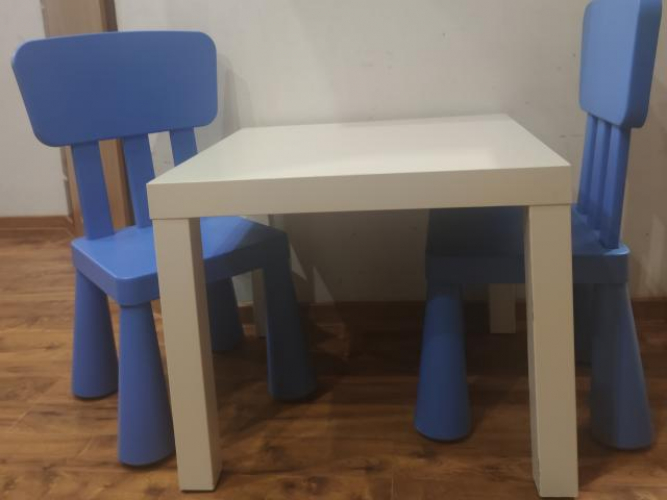 Grajewo ogłoszenia: Sprzedam stolik z krzesłami Ikea