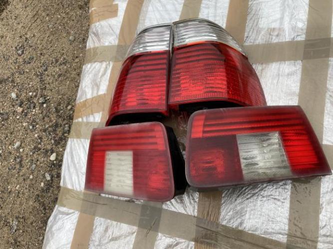 Grajewo ogłoszenia: Witam, mam na sprzedaż lampy do BMW e39 touring w stanie jak na...