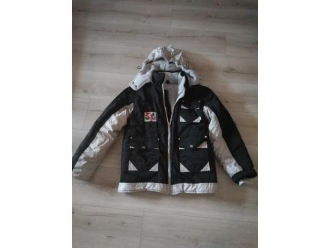 Grajewo ogłoszenia: Sprzedam tanio  3 kurtki, ciepła zimowa I druga  jesienna - obie...