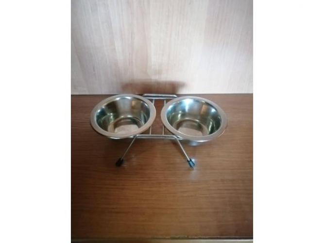 Grajewo ogłoszenia: Sprzedam dla psa miski metalowe stojak  2x0,25l