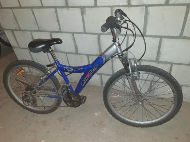 Grajewo ogłoszenia: Sprzedam rower, koła 24 cali.