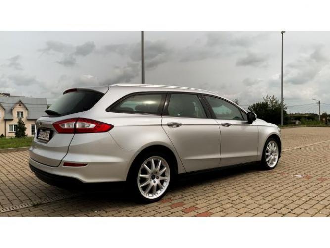 Grajewo ogłoszenia: Sprzedam Forda Mondeo MK5 15 roku w bardzo ladnym stanie , jestem 1...