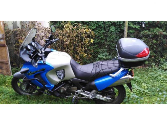 Grajewo ogłoszenia: Sprzedam Hondę varadero xl1000 rok.prod.2000 Motocykl w bardzo...