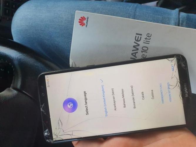 Grajewo ogłoszenia: Sprzedam Huawei P10 lite. Telefon mimo pękniętego wyświetlacza...