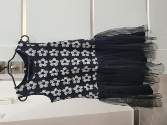 Grajewo ogłoszenia: Sprzedam ubranka, buciki dla dziewczynki od 3 do 7 lat cena do...