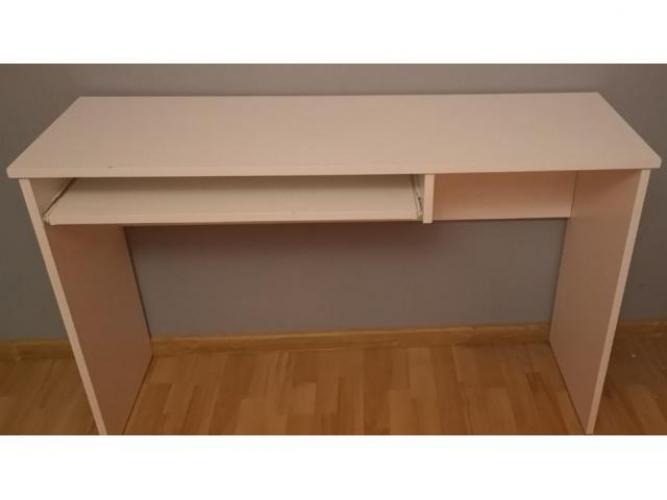 Grajewo ogłoszenia: Białe biurko. Nosi ślady użytkowania (odpryski lakieru, lekkie...