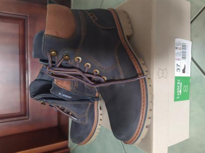 Grajewo ogłoszenia: Sprzedam buty zimowe dla chłopca.  Rozmiar 37, naturalna skóra,...