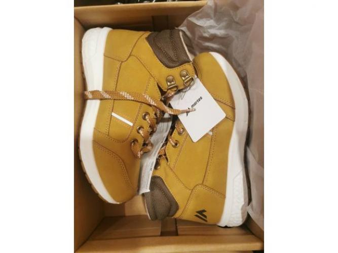 Grajewo ogłoszenia: Sprzedam nowe buty firmy martes sport, jesienno zimowe, rozmiar...