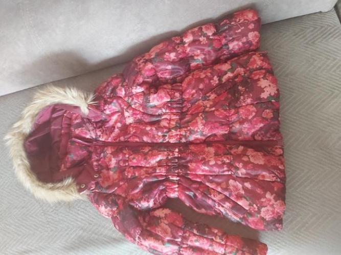 Grajewo ogłoszenia: sprzedam kurtkę H&M stan bd rozmiar 122, wiek 6-7 lat,polecam.