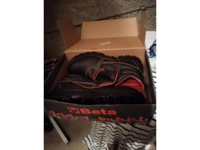 Grajewo ogłoszenia: Sprzedam nowe buty robocze długie rozmiar 46 firmy Beta