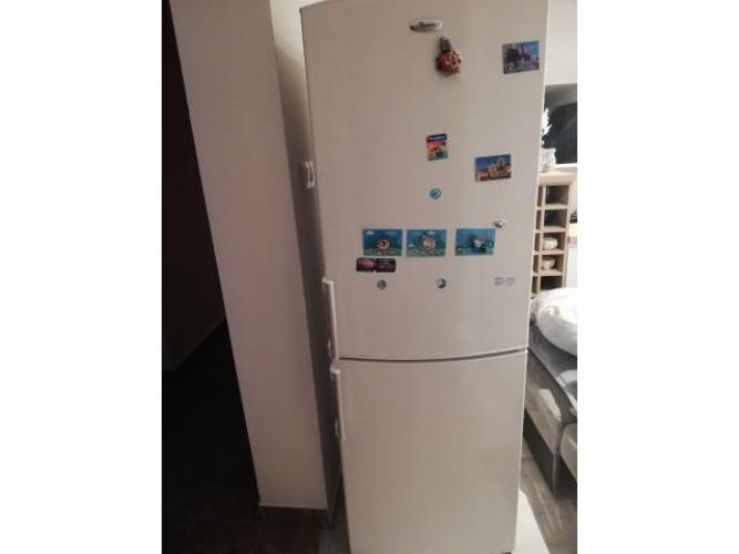Grajewo ogłoszenia: sprzedam lodówkę z dużym zamrażalnikem firmy Wirpul