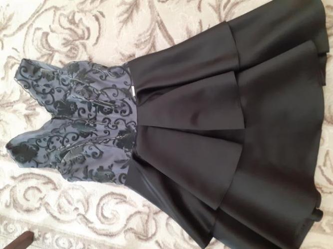 Grajewo ogłoszenia: Sprzedam sukienkę,  raz założona ,  rozmiar s, stan bardzo dobry.