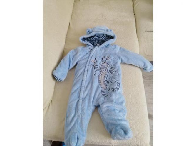 Grajewo ogłoszenia: Może jakaś mama potrzebuje taki kombinezon dla swojego maluszka ,...